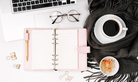 10 Strategies to Set Up Your  Blog Planner for Success {FREE Blog Post Planning Worksheet}