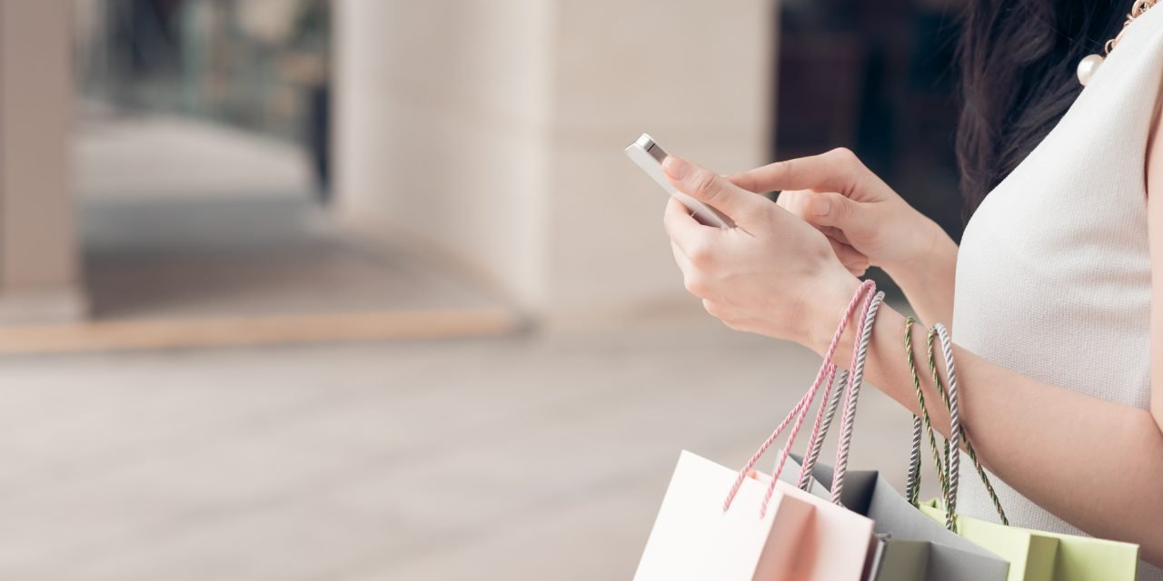 10 Tips for Avoiding Impulse Spending